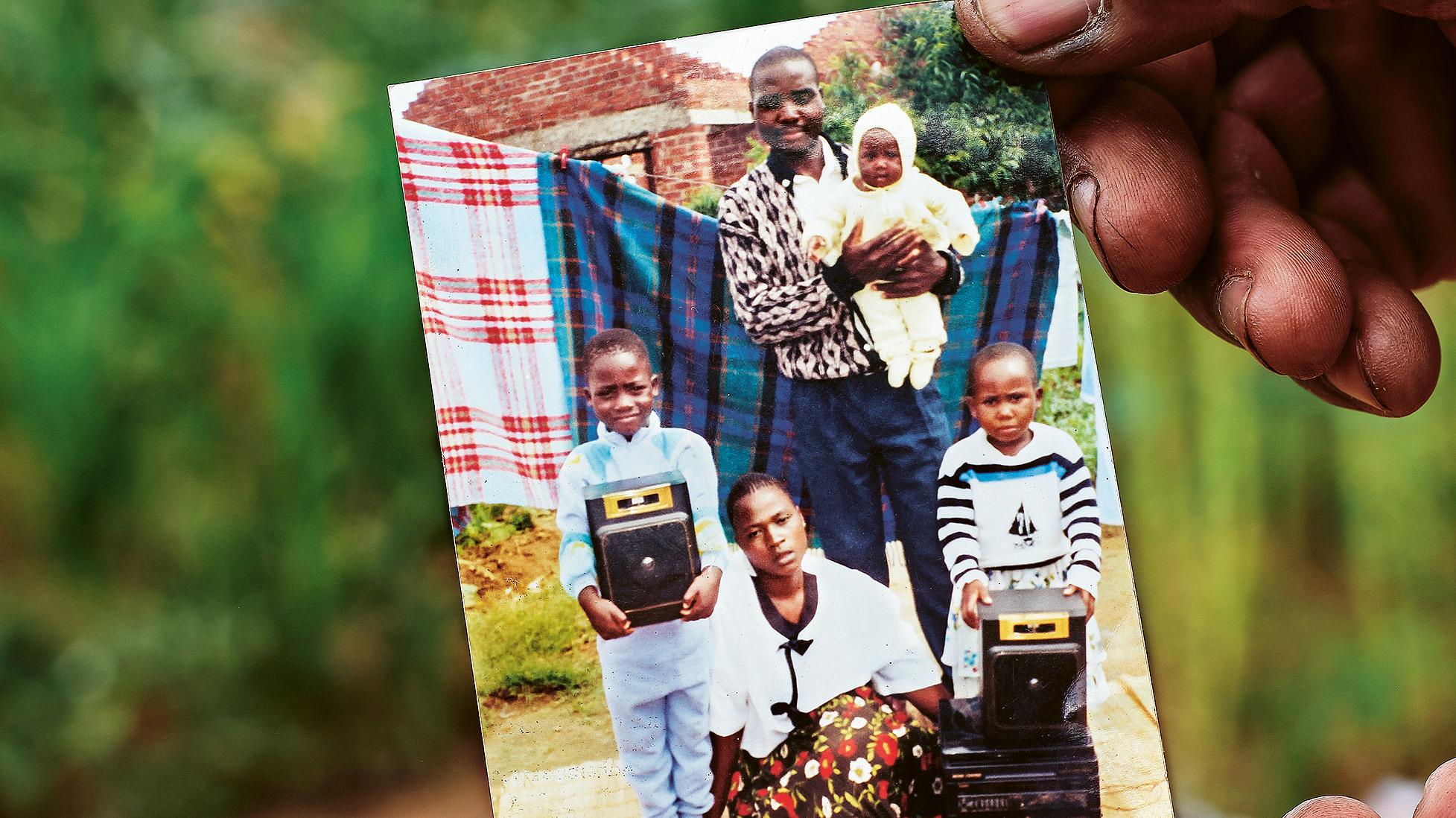 På familjefotot är Alliance längst till höger. Bild: Kombo Chapfika.